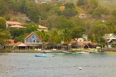 Logement de bord de mer dans les Caraïbe Images stock