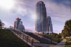 Logements de luxe de plage de plage du sud de Miami Photographie stock libre de droits