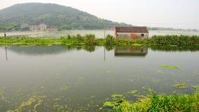 Logez au lac aucun de gare Image libre de droits