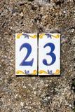 Logez l'adresse avec un nombre 23 fleuri de style méditerranéen image libre de droits