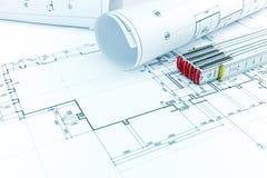 Logez le plan, les rouleaux de modèles d'architecte et la règle de pliage sur d image stock