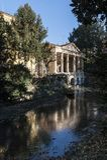 A loggia Valmarana, incluiu desde 1994 com os outros monumentos de Palladian na lista de locais do patrim?nio mundial - Vicenza d foto de stock