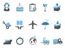 Logistiek en verschepende pictogrammen geplaatst blauwe reeks Stock Afbeeldingen