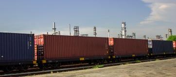 Logistik och trans. av lastfraktskeppet arkivbilder