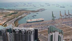 Logistique dans la temps-faute de Singapour de port de port de récipient Casserole  banque de vidéos