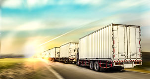 Logistisch het conceptenmalplaatje van het vrachtwagenvervoer stock foto's
