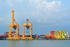 Logistische de Lading van de scheepswerf Royalty-vrije Stock Afbeeldingen