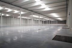 logistisk korridor royaltyfri foto