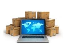 Logistiska kartongpackejordlotter och bärbar dator -, last, de Arkivbild
