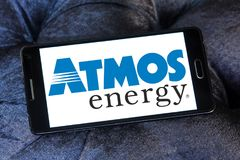 Atmos Energy logo. Logo of Atmos Energy on samsung mobile. Atmos Energy Corporation, headquartered in Dallas, Texas, is one of the United States` largest natural Stock Photos