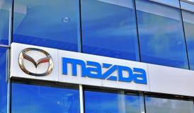 Logo av den Mazda korporationen Arkivbild