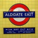 Logo av en underjordisk station i London Royaltyfri Bild