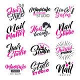 Logo Beauty Salon Lettering Set Master dello studio e dell'unghia dei capelli Calligrafia fatta a mano su ordinazione, vettore Fotografia Stock