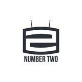 Logo in bianco e nero di numero due come set televisivo Fotografie Stock Libere da Diritti
