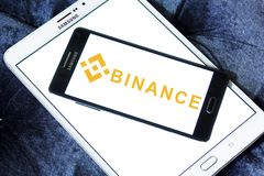 Logo d'échange de cryptocurrency de Binance Photos libres de droits
