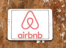 Logo d'Airbnb Photographie stock