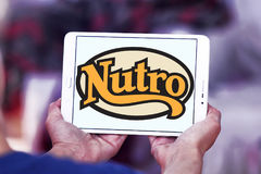 Logo d'aliment pour animaux familiers de Nutro Images stock