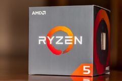 Logo d'AMD Ryzen sur le carton Photo libre de droits