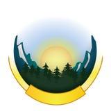 Logo d'insigne de montagne et de forêt Image stock