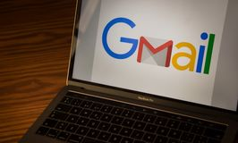 Logo de Gmail sur l'écran d'ordinateur photos libres de droits