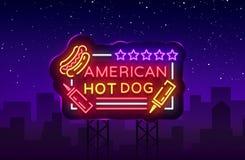 Logo de hot-dog dans le calibre au néon de conception de style Enseignes au néon de hot-dog, bannière légère, emblème au néon d'a Photos libres de droits