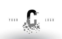 Logo de lettre de pixel de C avec les places noires brisées par Digital Photo stock