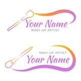 Logo de maquillage avec la brosse et la ligne incurvée Photo libre de droits