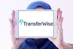 Logo de service de transfert d'argent de TransferWise photographie stock libre de droits