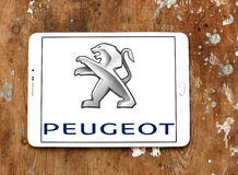 Logo de voiture de Peugeot images stock