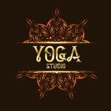 Logo dell'emblema dello studio di Youga con la mandala Fotografia Stock