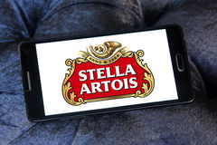 Logo della birra di Stella Artois Fotografie Stock