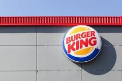 Logo della catena Burger King degli alimenti a rapida preparazione Fotografie Stock Libere da Diritti