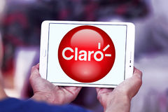 Logo della società delle Telecomunicazioni di Claro Americas fotografia stock