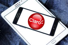 Logo della società delle Telecomunicazioni di Claro Americas fotografia stock libera da diritti
