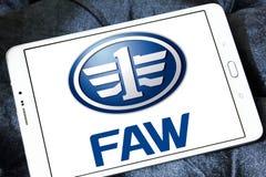 Logo des véhicules à moteur de société de FAW Photographie stock