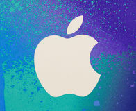 Logo di Apple su un fondo bianco Fotografia Stock Libera da Diritti