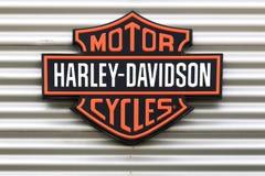 Logo di Harley-Davidson su una parete Fotografia Stock Libera da Diritti