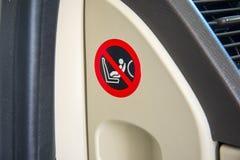 Logo di istruzione di sicurezza dell'airbag del sedile del bambino, autoadesivo fotografia stock libera da diritti