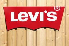 Logo di Levi Strauss su una parete Fotografia Stock