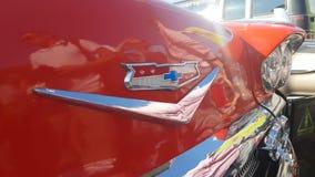 Logo di marca commerciale sull'automobile archivi video