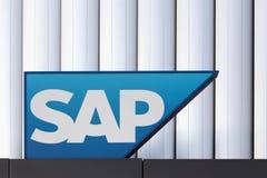 Logo di SAP su una parete Fotografie Stock Libere da Diritti
