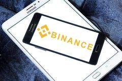 Logo di scambio di cryptocurrency di Binance Fotografie Stock Libere da Diritti