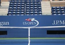 Logo di US Open ad Arthur Ashe Stadium Immagini Stock
