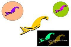 Logo dorato dell'uccello con fondo bianco Fotografia Stock Libera da Diritti