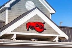 Logo du restaurant rouge de fruits de mer de homard sur l'extérieur Photo libre de droits