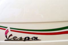 Logo italien de scooter de Vespa Photos libres de droits