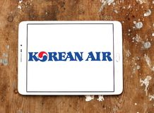 Korean Air logo. Logo of Korean Air on samsung tablet. Korean Air, is the largest airline and flag carrier of South Korea stock photo