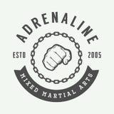 Logo misto d'annata, distintivo o emblemi di arti marziali illustrazione vettoriale