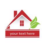 Logo Modern Red-Haus und -blätter lizenzfreie abbildung