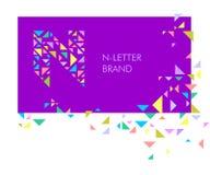 Logo N de lettre de triangle illustration stock
